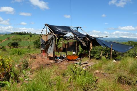 Farmers, angered in a land dispute, burned down the home of an indigenous family in Salitre, a Bribrí indigenous reserve in south-central Costa Rica, on Saturday, July 5, 2014. Lindsay Fendt/The Tico Times