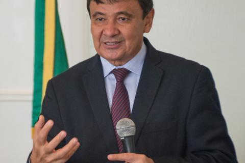 Governador fez viageminternacional para buscarinvestimentos para o Estado (Foto: Moura Alves/ O Dia)
