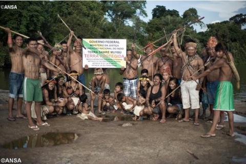 Foto: Indígenas Munduruku no Vale do Tapajós - ANSA