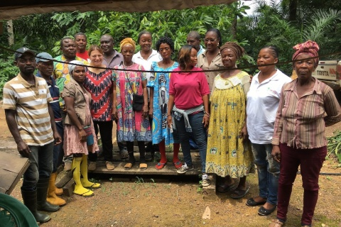 5 Lessons for Securing Women's Collective Land Rights