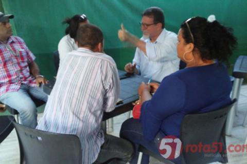Cooprdenadores do MTI e o deputado Marcelino Gallo