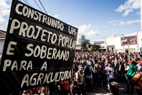 A luta pela alimentação saudável passa também pela consolidação de um modelo de educação que valorize o debate sobre a produção alimentar no país. Foto: Leandro Taques